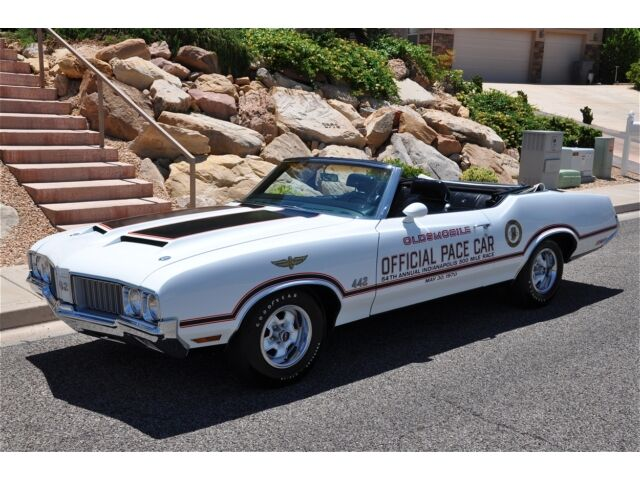 '70 OLDSMOBILE 442 PACE CAR CONVERTIBLE - Investment $$