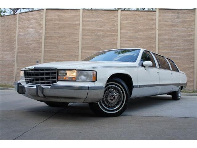 CADILLAC FLEETWOOD BROUGHAM STRETCH LIMOUSINE LOW MILES
