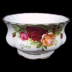 ROYAL ALBERT Old Country Rose Sugar Bowl 1st Eng