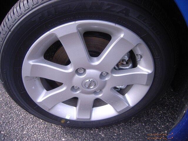 2.0SR New 2.0L 140 horsepower 4 Doors Air conditioning