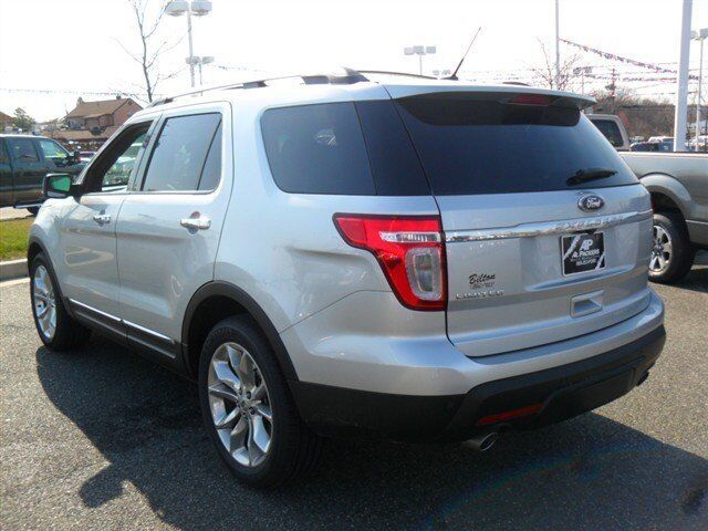 Image 1 of Limited SUV 3.5L CD…