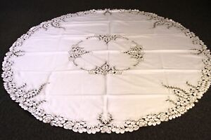 Gorgerous Embroidered Tablecloth 72