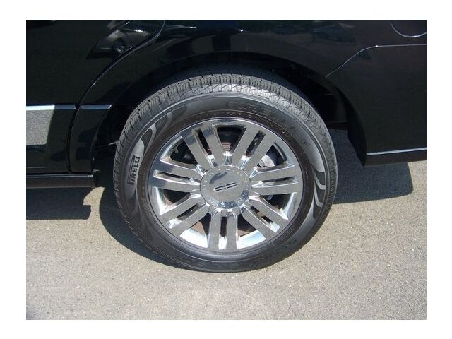 Image 1 of 4X4 4DR Certified SUV…