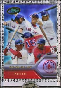 2005-eTopps-5-BOSTON-RED-SOX-Team-Card-IN-HAND