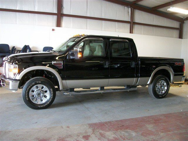 Lariat Crew Diesel 6.4L CD 4X4 ROOF CLEARANCE LIGHTS