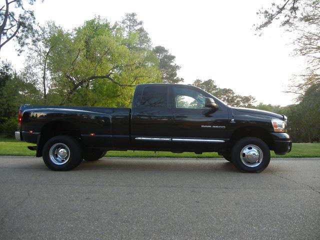2006 Dodge Ram 3500 Laramie 4x4 Diesel Dually