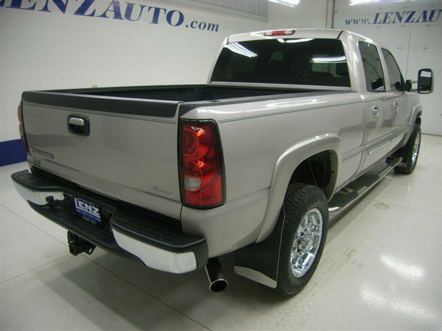 CREW-SHORT-L Diesel 6.6L CD 4X4 Front Tow Hooks Alarm
