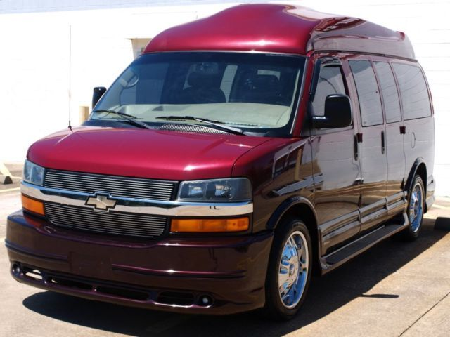 2006 SOUTHERN COMFORT ULTIMATE CONVERSION HI TOP VAN