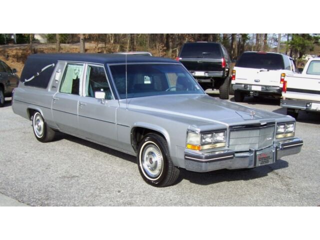 CLEAN-SOUTHERN-AC-SUPER-NICE-GARAGED-FUNERAL-READY-GEM!