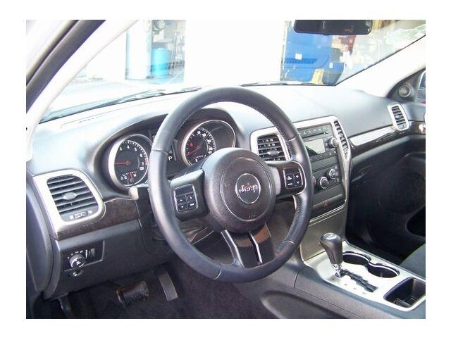 Image 2 of 4X4 4DR LARE SUV 3.6L…