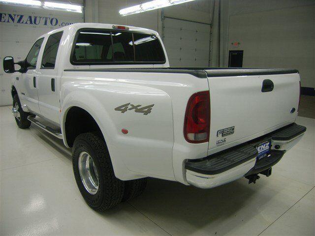 CREW-SHORT-L Diesel 7.3L CD 4X4 Front Tow Hooks A/C