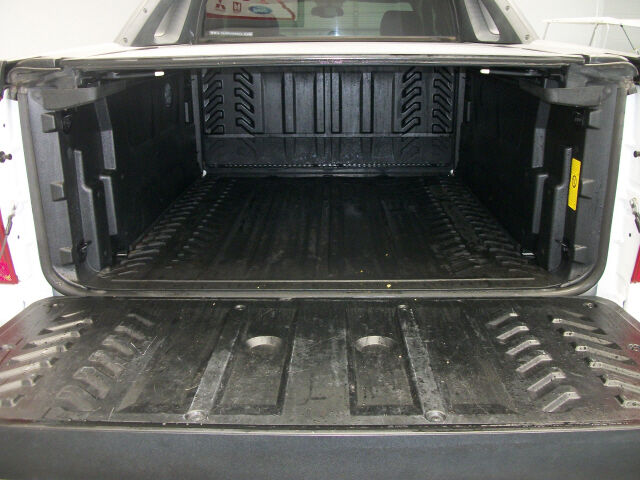 07 CHEVY AVALANCHE LT LEATHER BEDLINER TOW POWER
