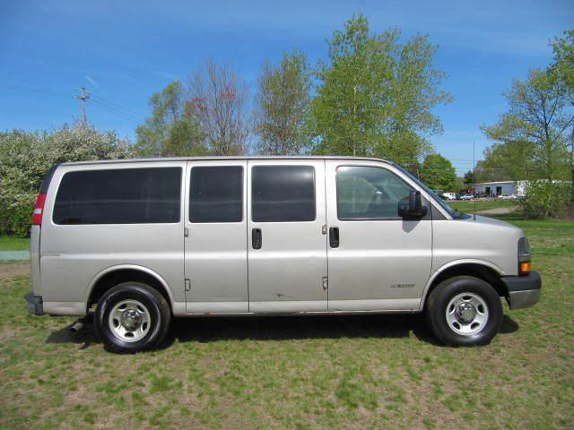 chevrolet express 12 passenger van 2 used cars for sale. Black Bedroom Furniture Sets. Home Design Ideas