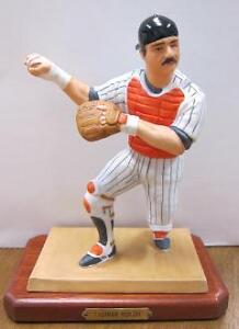 THURMAN MUNSON YANKEES SPORTS IMPRESSIONS FIGURINE