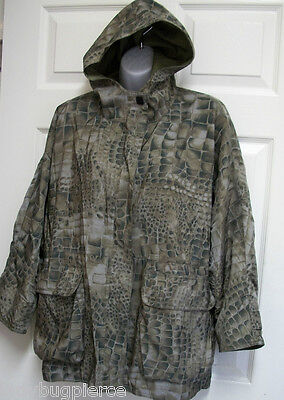 Mycra Pac Reversible Reptile & Olive Short Hooded Trench Coat Jacket & Bag