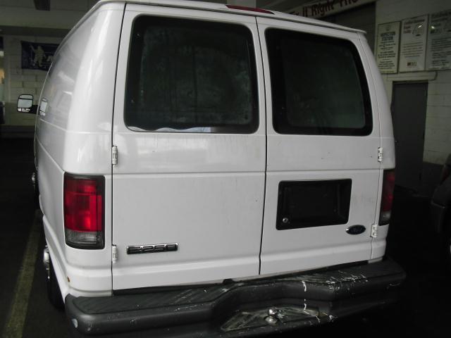 2006 Ford Econoline Super Duty E250 Cargo Van 69K Bins