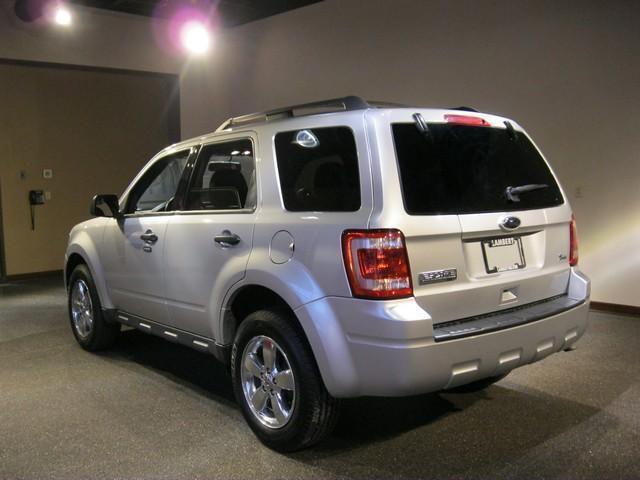 Image 2 of FWD 4dr XLT SUV 3.0L…