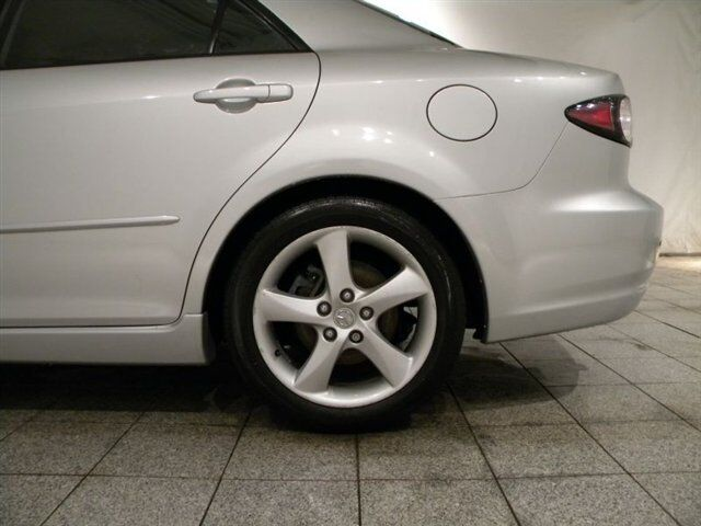 i Alloys 2.3L CD Traction Control Front Wheel Drive A/C