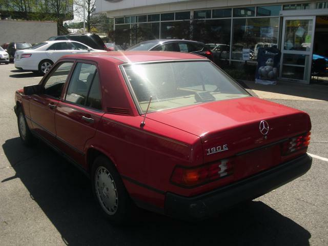 1988 Mercedes Benz 190E Bright Red Only 95K Miles Nice!
