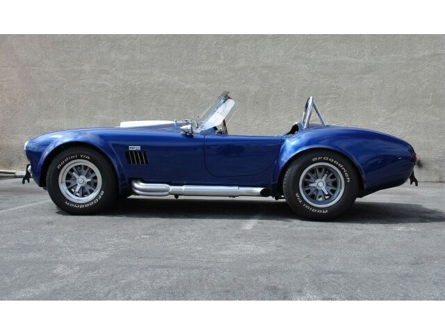 Superformance Cobra Replica - 520 CI V8 - 5k mi.