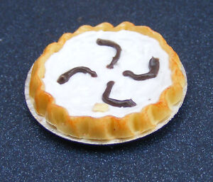 Coconut-Cream-Tart-Dolls-House-Miniature-D21-Food-Cakes