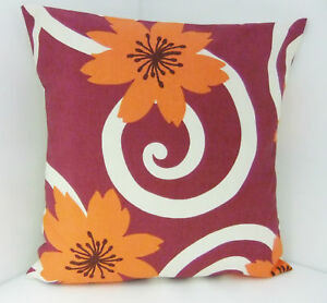 SINGLE-SOFA-CUSHION-COVERS-LARGE-ORANGE-FLOWERS-CERISE-SWIRL-PATTERNSingle Swirl Pattern