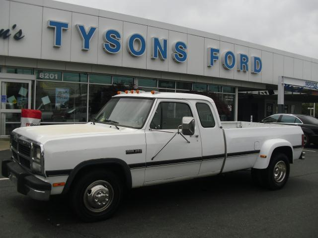 1993 Dodge Cummins 3500 http://www.usedcarsforsalein.net/classifieds/1993-dodge-ram-diesel