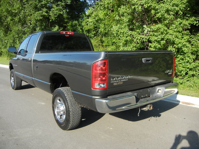 2003 Dodge Ram 2500 Quad Cab SLT 4x4 HO Diesel 6 Speed