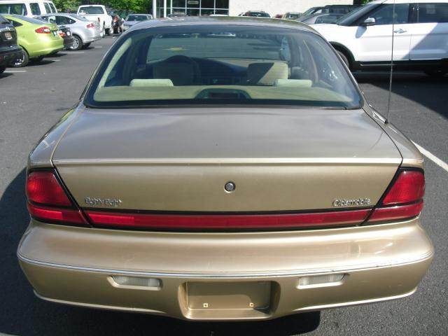 1999 Oldsmobile 88 LS Automatic Runs Great Cheap Car!!