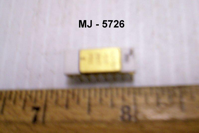 Raytheon Company - Digital Mircocircuit - P/N: 615480-918 (NOS)