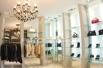 London_Chic_Luxury_Boutique