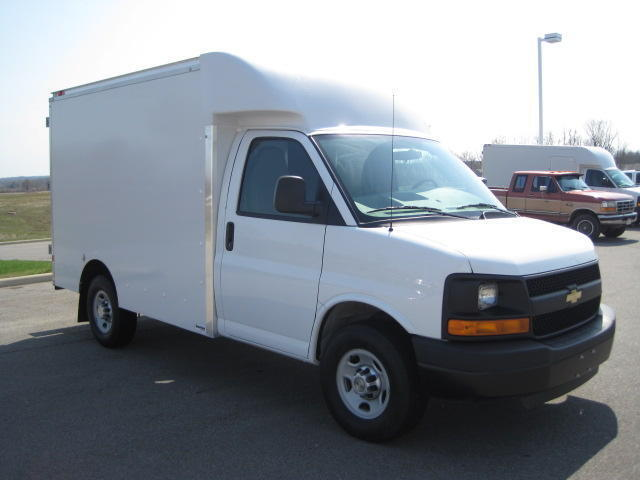 Box Truck New 4.8L 4-Wheel ABS 4-Wheel Disc Brakes