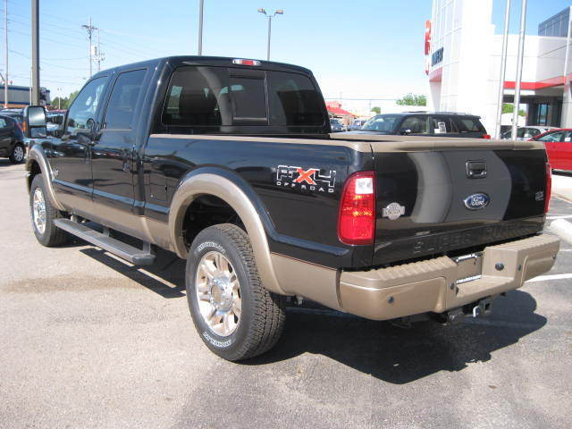 new 2011 F250 CrewCab 4x4 Diesel King Ranch $10000 off