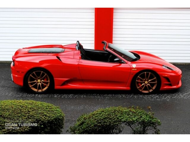 16M SCUDERIA SPIDER - Rosso Corsa over Nero, Incredible