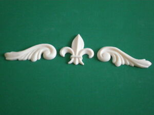 Decorative-Resin-Moulding-2-Georgian-Scrolls-with-a-Fleur-De-Lys