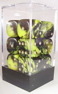PACK-OF-12-OBLIVION-YELLOW-DICE-6-SIDED-15mm-SIDES