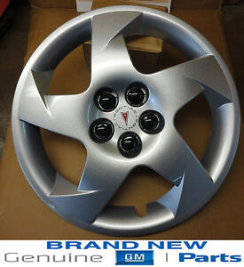2003 2010 pontiac vibe w logo 16 silver 5 spoke wheel. Black Bedroom Furniture Sets. Home Design Ideas