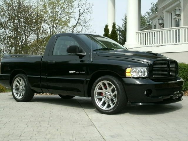 04 VIPER SRT-10 TRUCK,1ST YEAR,ONE OWNER,4302 MI BLACK