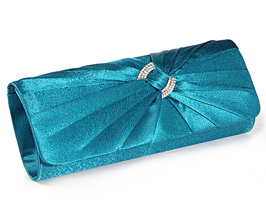 How to Buy Affordable Clutch Bags
