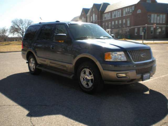 4x4 Automatic Leather 3rd Row Seating CD Tow Pkg SUV