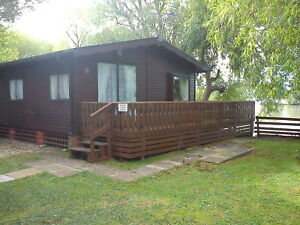 Butlins-Minehead-Caravan-Hire-18th-July-7-Nights-Holiday-Lakeside-Holidays-UK