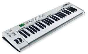 ASHTON UMK49 49 KEY USB / MIDI KEYBOARD CONTROLLER BRAND NEW!