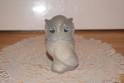 Avon 1976 Snow Owl Moonwind Powder Sachet