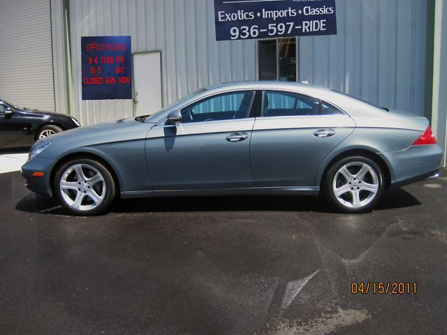 "2007 MERCEDES BENZ CLS 550 ""1 OWNER 16 K MILES"""