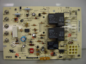 Honeywell Electronic Fan Timer/Blower Control (ST9103A)