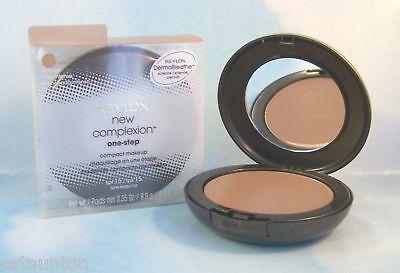 Revlon Makeup New Complexion One Step Foundation Compact - Sand Beige 03