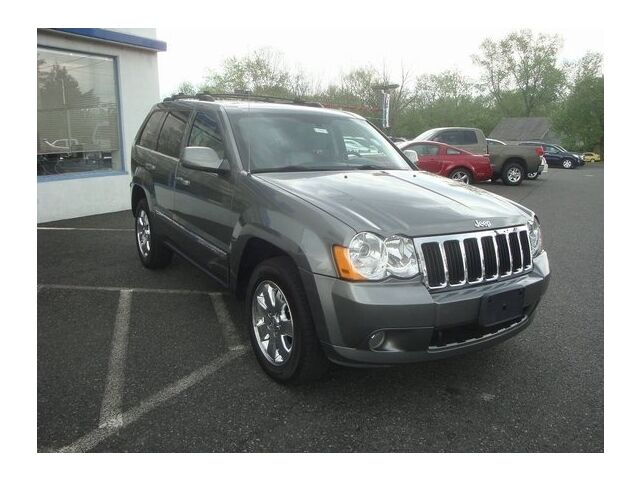 Image 10 of Limited SUV 5.7L CD…