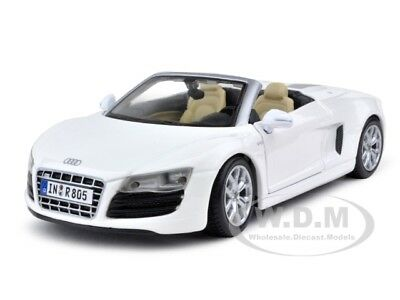 2011 Audi R8 Spyder V10 White 1:24 Diecast Model Car By Maisto 31204
