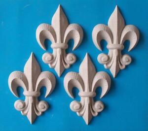 Franzosische lilie anhanger