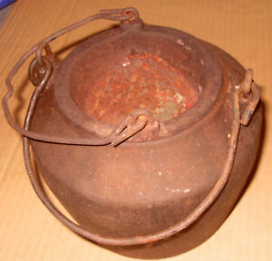 Vintage-Kenrick-Glue-Melting-Pot-As-Photos